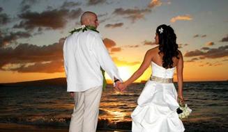 Maui Hawaii Romantic Beach Side Wedding